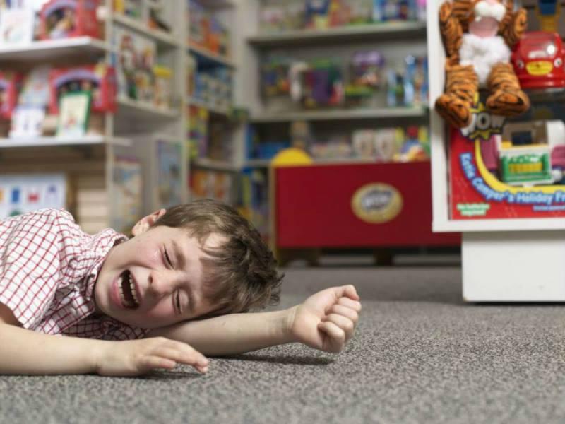 Приступы истерики у ребенка